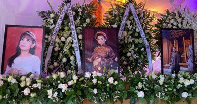 Hình ảnh dàn sao hải ngoại viếng Tang lễ ca sĩ Phi Nhung