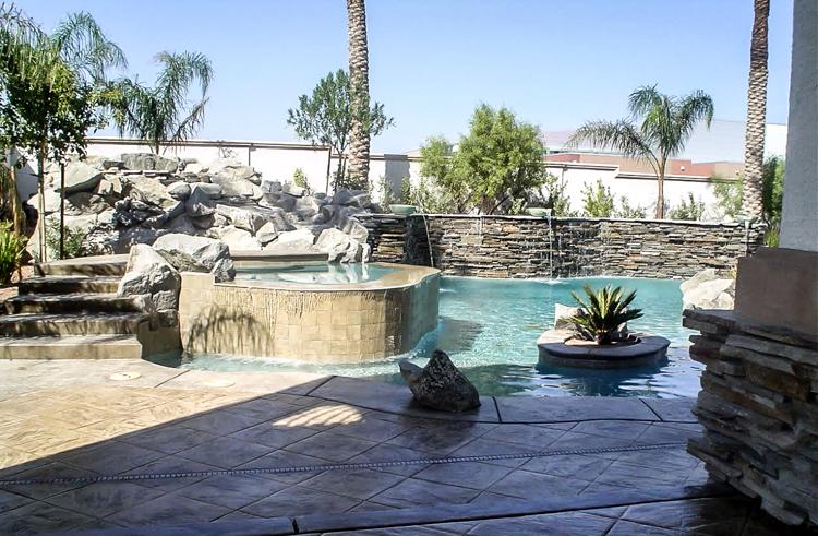 pool in vegas