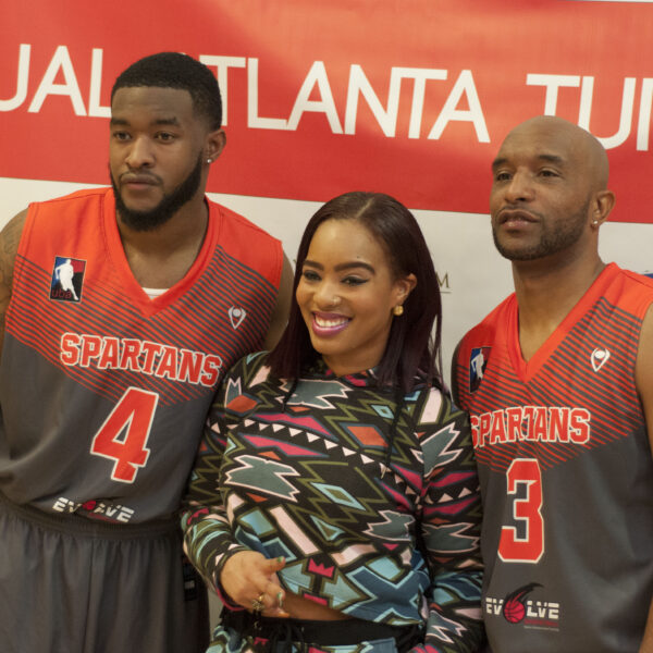 2017 Thanksgiving Turkey Drive Georgia Spartans Gives Back 8