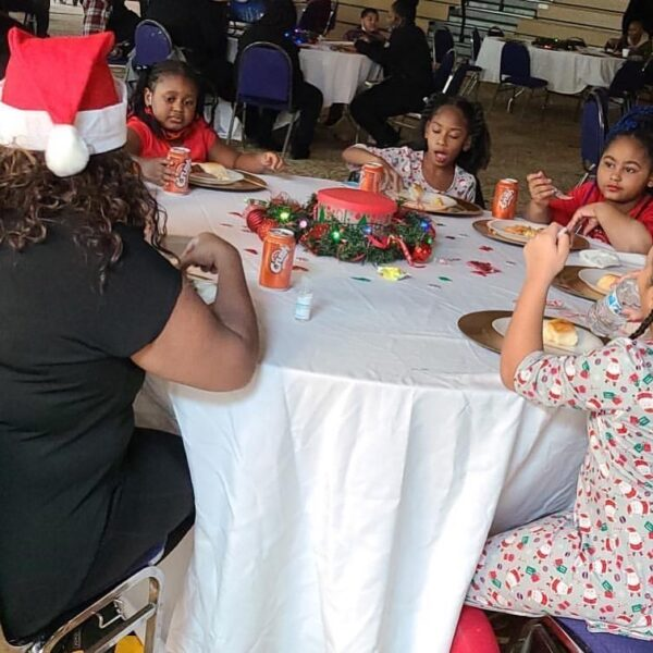 Recap of the 5th Annual #christmasinparadise🎁 presented by!!! @georgiaspartans @hiphopgivesback @dvanteblackmastering @theblac