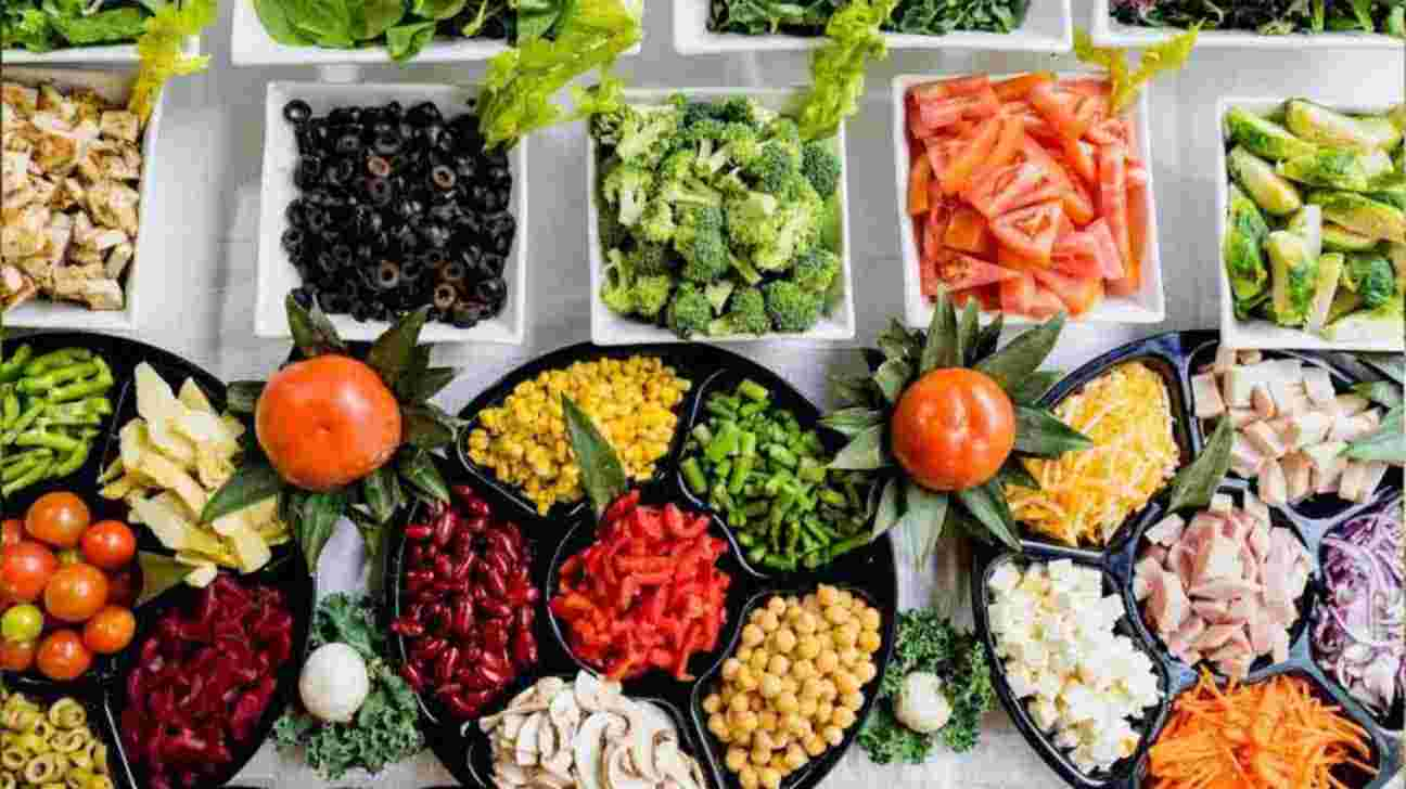 The Vegetarian Diet: Foods To Eat, Avoid and 7-Days Meal Plan
