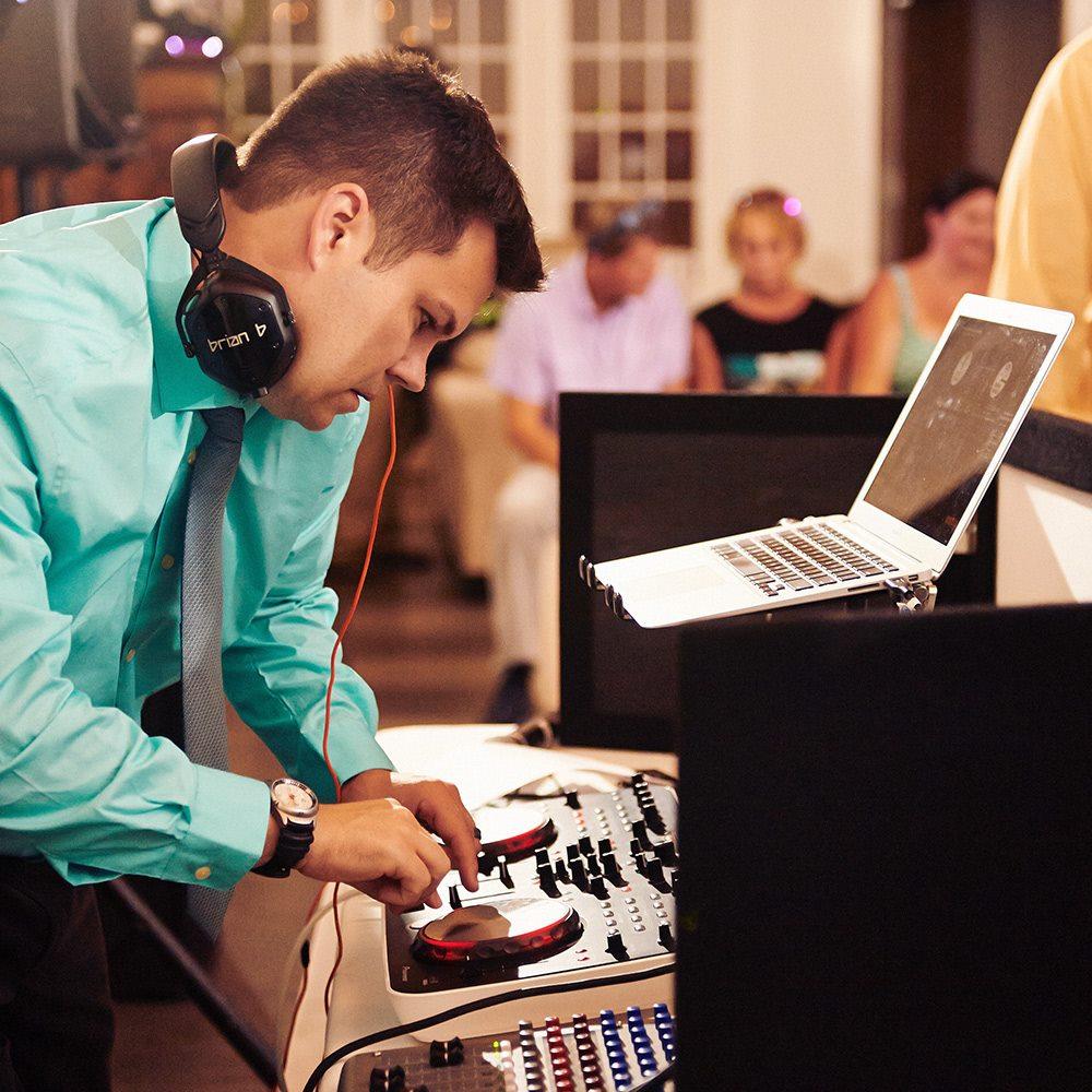 NYC Holiday Party DJ