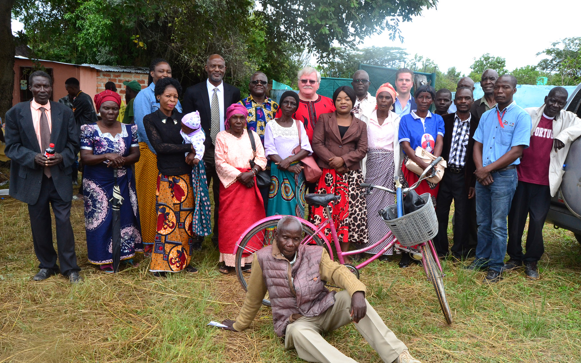 Upepo and Copperbelt Energy Company officials join local residents at a traditional Welcoming Ceremony at Chieftainess Malembeka's Palace Grounds.