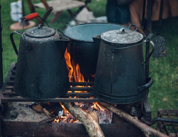 ash-black-bucket-burn-221436