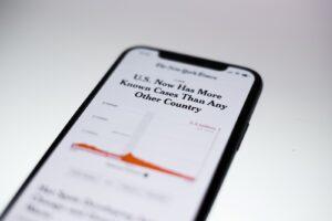 Headline on COVID cases in U.S.