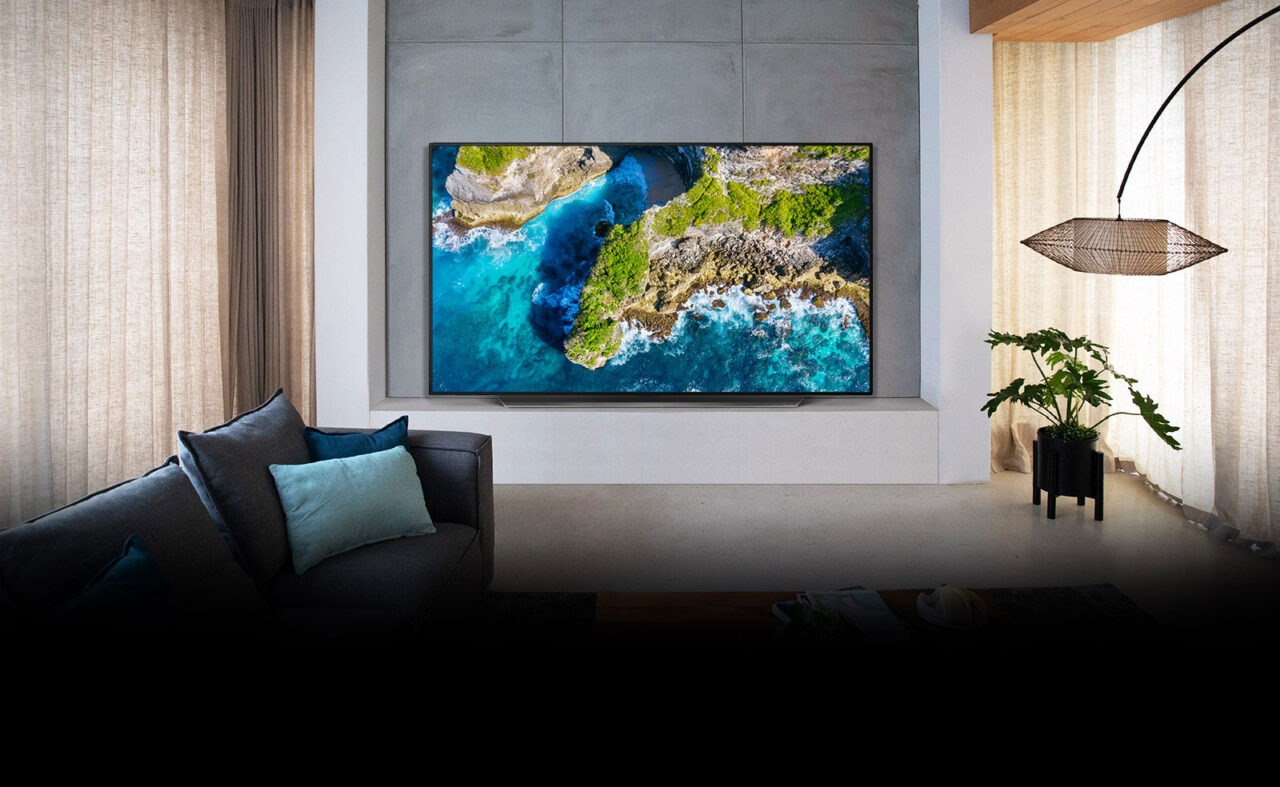 LG CX OLED TV (OLED65CX) Review