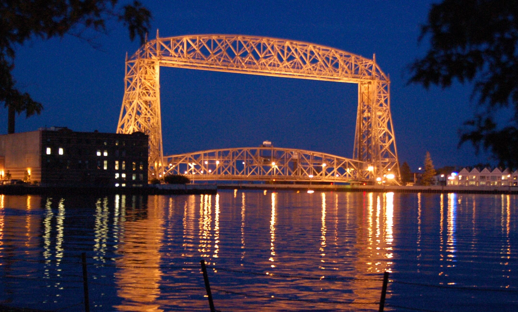Duluth-bridge-20070709