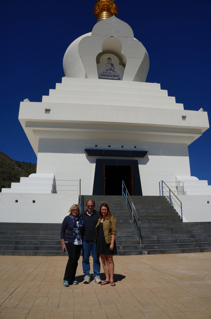 One of the top 10 things to see on an Andalucía Road Trip is the Buddhist stuppa.