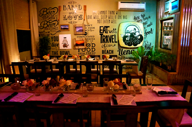 Casa Saltshaker Pops-up – and Rides to Shore – in Playa Jacó Pop Up Dining Room
