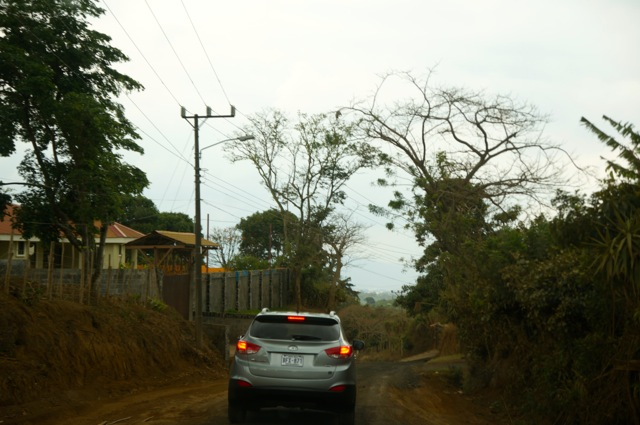 Should I Rent a Car in Costa Rica? Tips for Driving on a Costa Rica Vacation