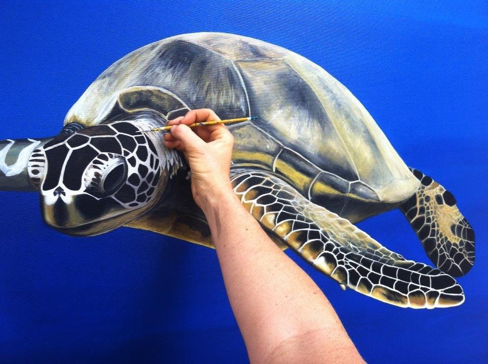 alexa paints a turtle
