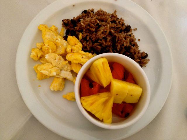 breakfast hotel colonial san jose costa rica