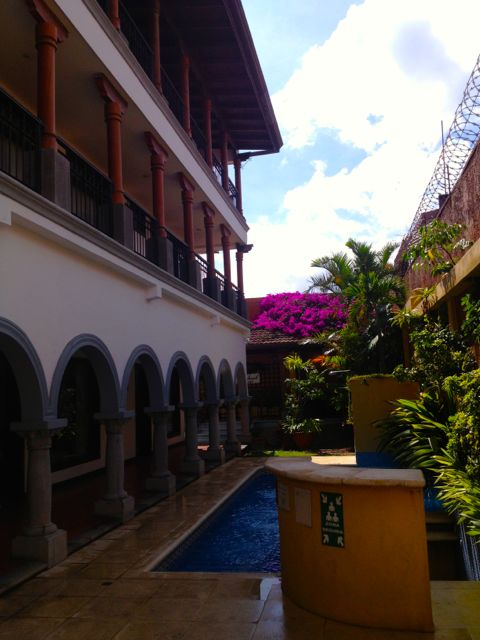 hotel colonial pool san jose costa rica