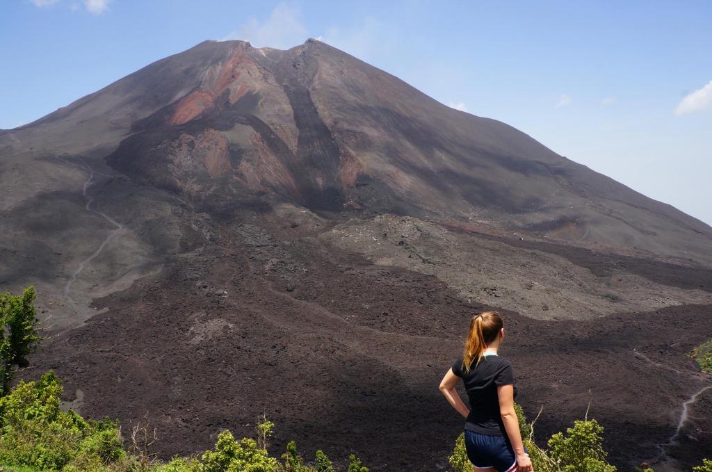lauren climbs pacaya volcano
