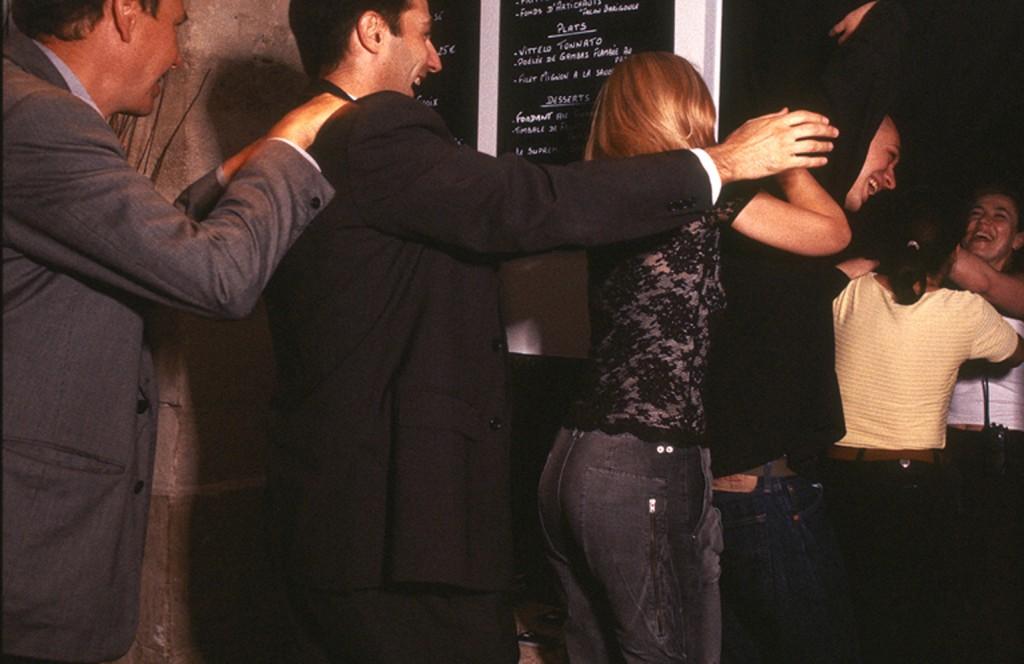 Best Places to Dine Solo in the UK Dans Le Noir