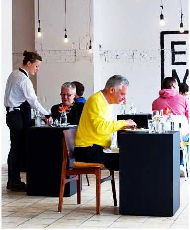 Best Places to Dine Solo in the UK Eenmaal