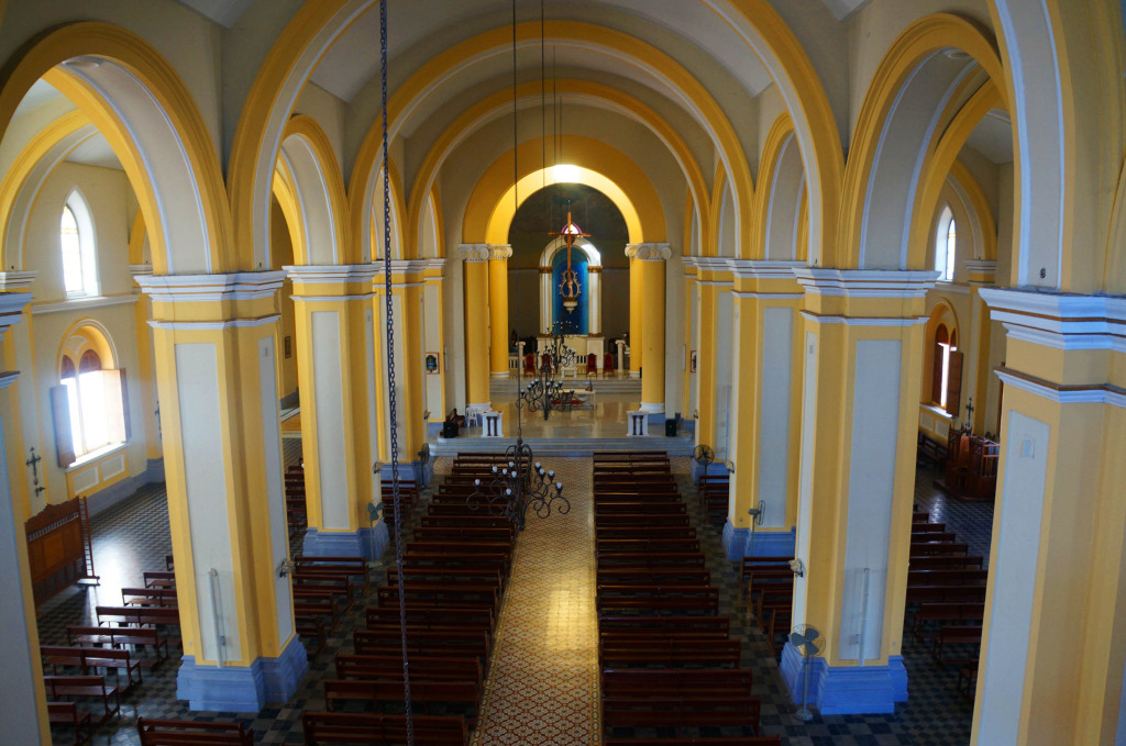 Granada Nicaragua in photos Cathedral Interior
