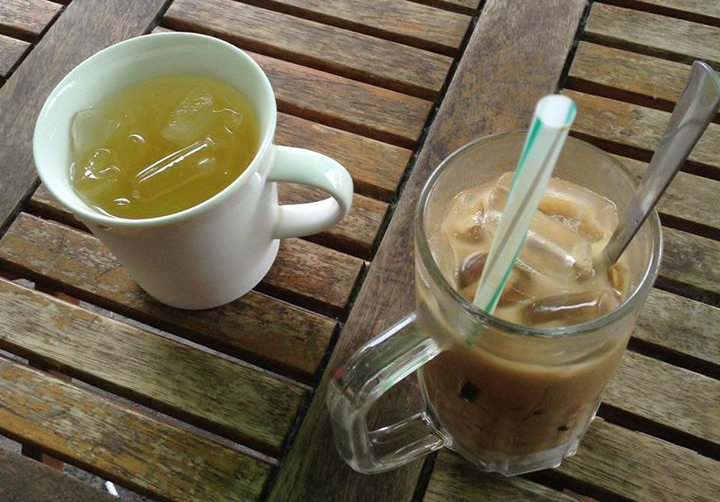 solo trip to Vietnam vietnamese coffee