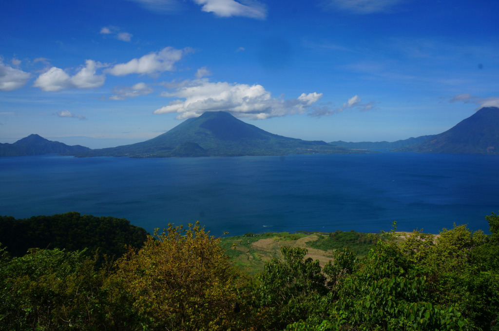 tips for women traveling to guatemala lake atitlan