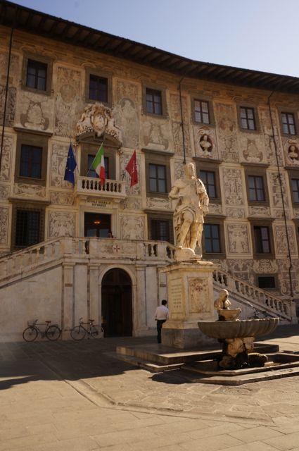 pisa- medieval architecture