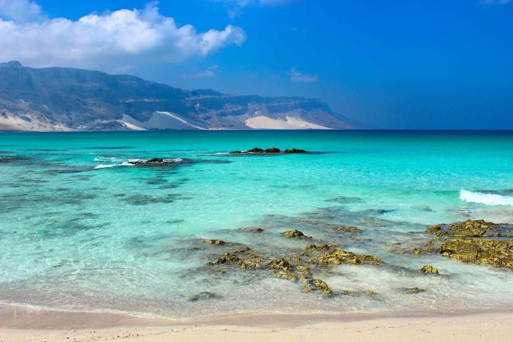solo travel in Yemen beach