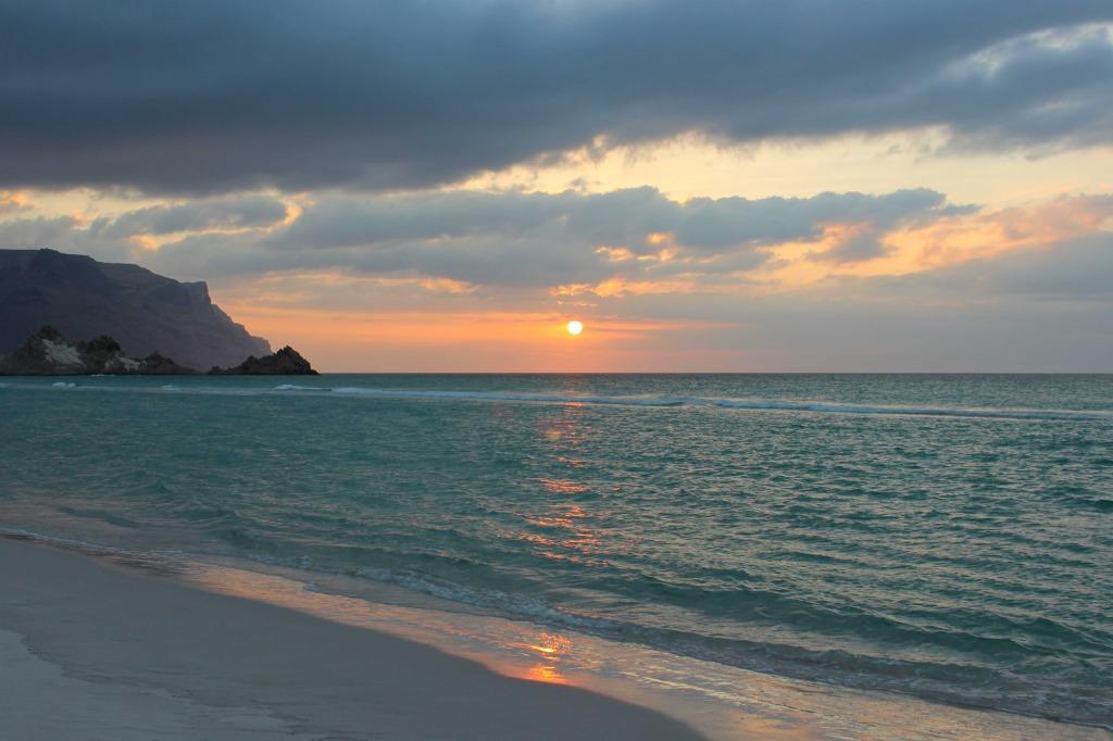 solo travel in Yemen sunset