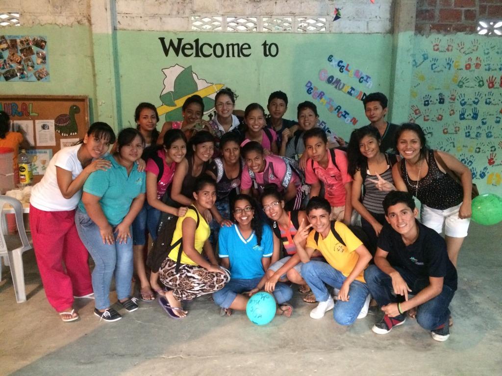 solo travel in el salvador volunteering as a teacher