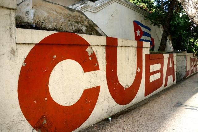 a solo trip to cuba cuba street art