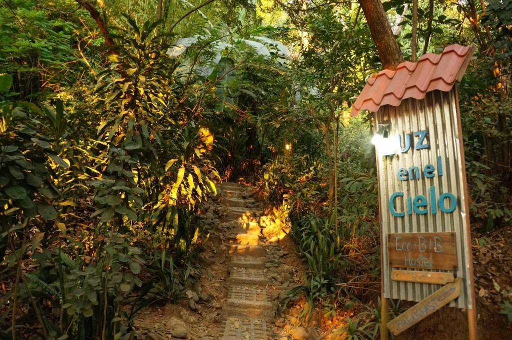 luz en el cielo hotel in montezuma jungle