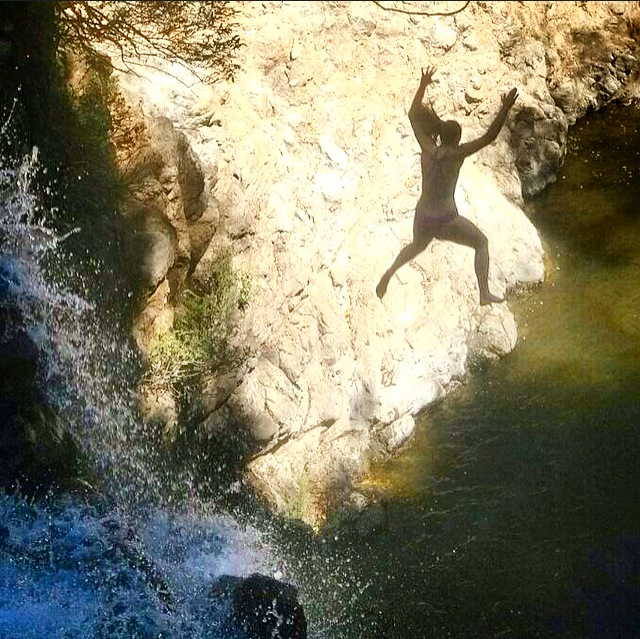 jumping waterfalls in montezuma
