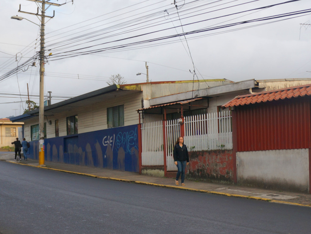 my life in costa rica as an expat- streets of tres rios