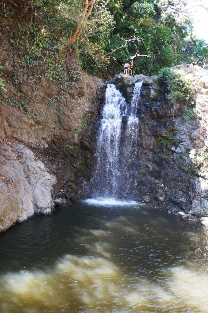 waterfalls in montezuma to jump