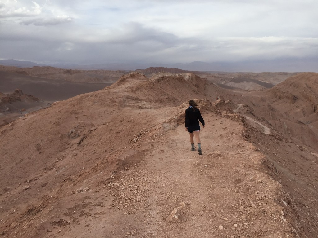 moon-valley-hike