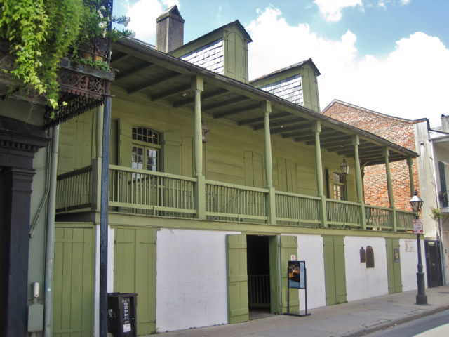 madame-johns-legacy-walking-tour-new-orleans