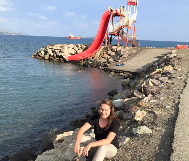 touring-port-moresby-by-taxi-waterslide