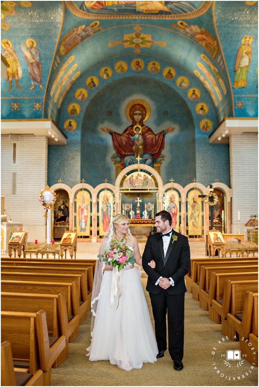 21 C Museum Cincinnati Wedding Photos_1982.jpg