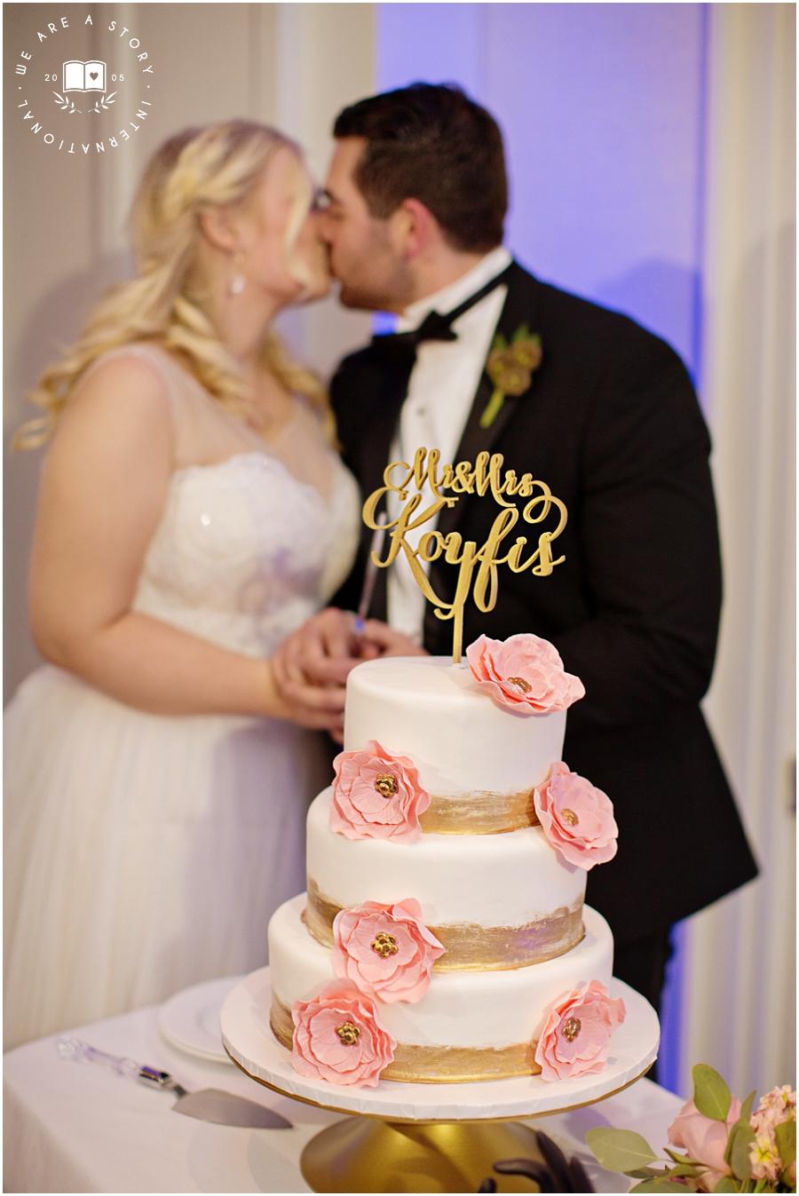 21 C Museum Cincinnati Wedding Photos_2022.jpg