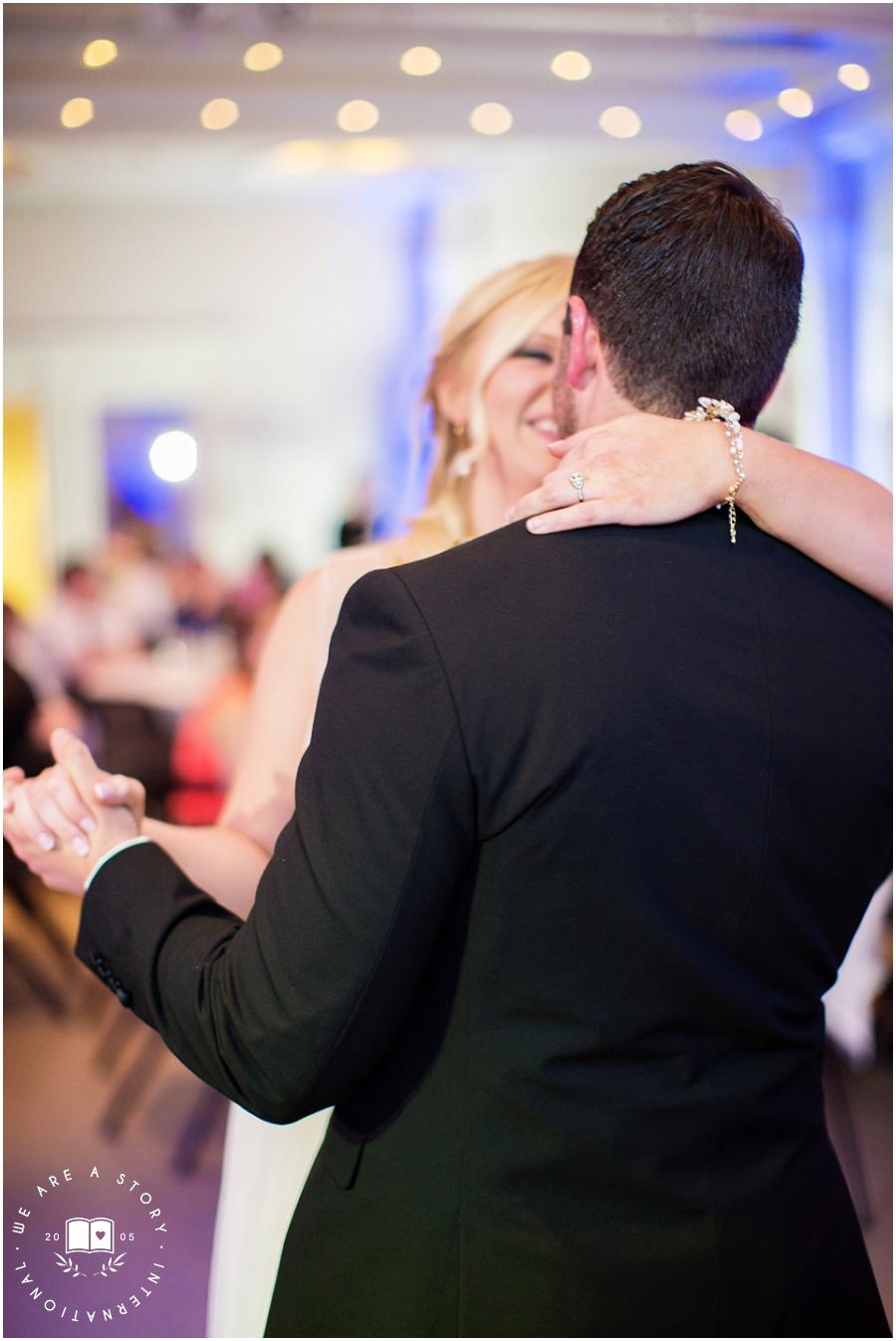 21 C Museum Cincinnati Wedding Photos_2024.jpg