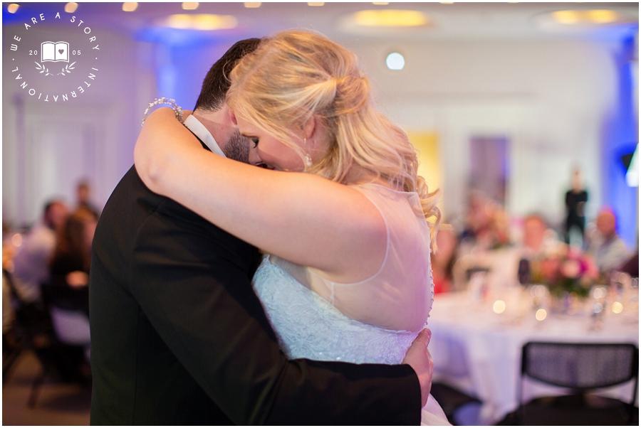 21 C Museum Cincinnati Wedding Photos_2025.jpg