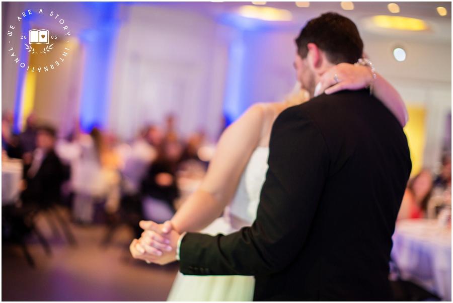 21 C Museum Cincinnati Wedding Photos_2026.jpg