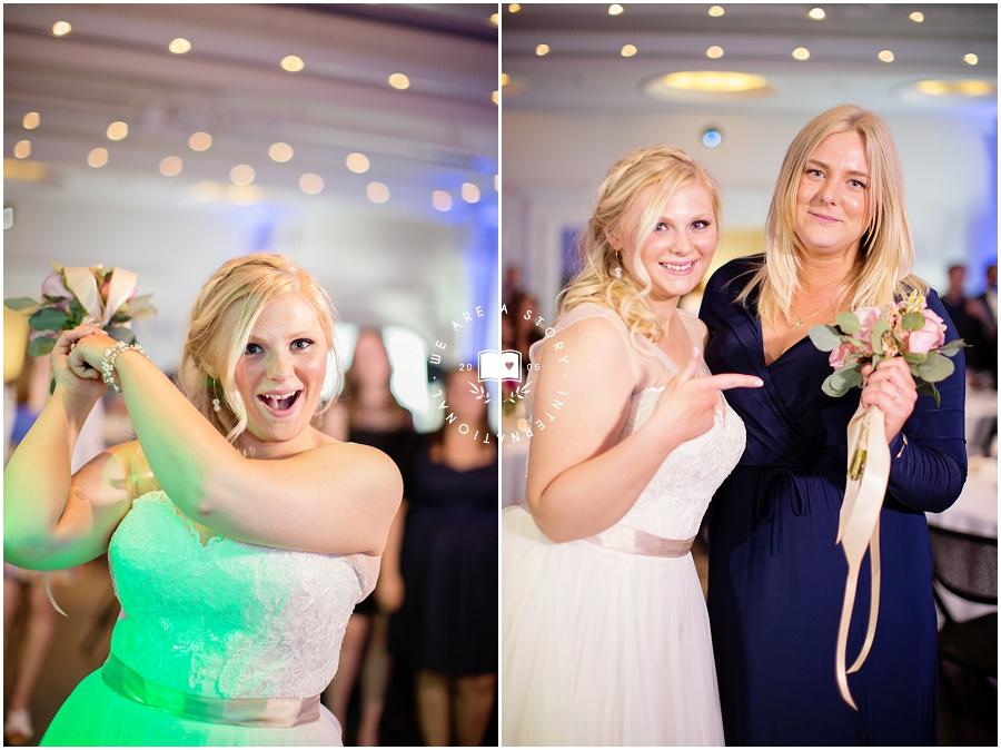 21 C Museum Cincinnati Wedding Photos_2038.jpg