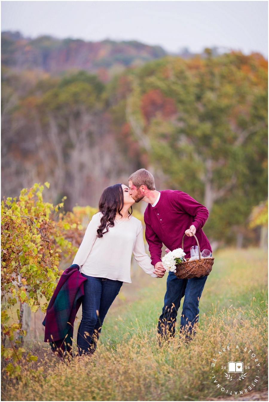 Cincinnati Winery Engagement Session_2395.jpg