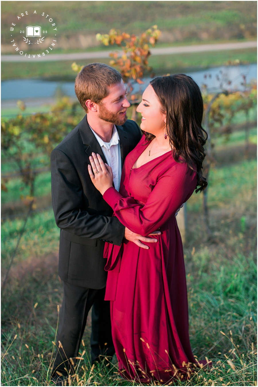 Cincinnati Winery Engagement Session_2405.jpg