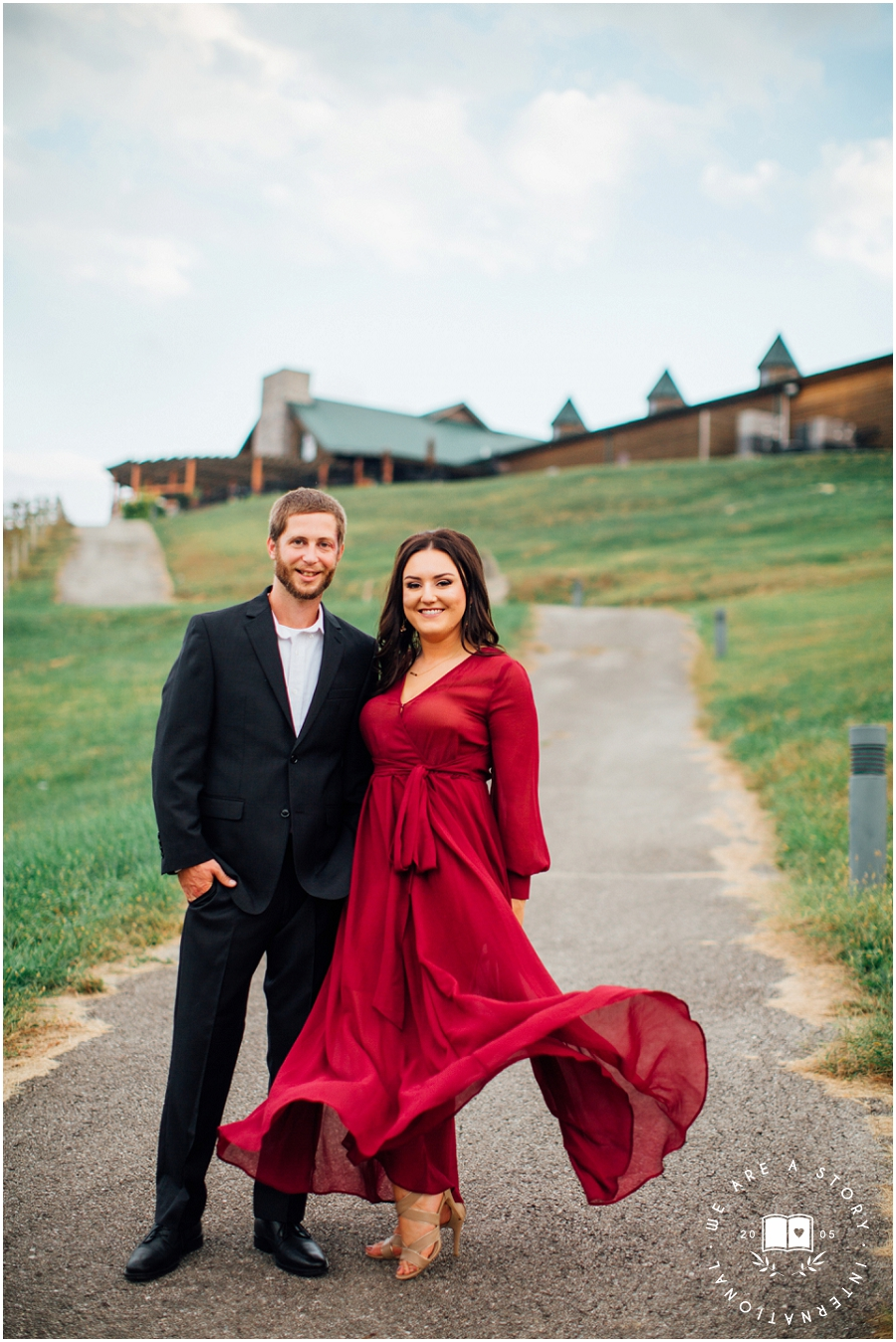 Cincinnati Winery Engagement Session_2413.jpg
