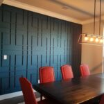 Structured design in this dining room accent wall