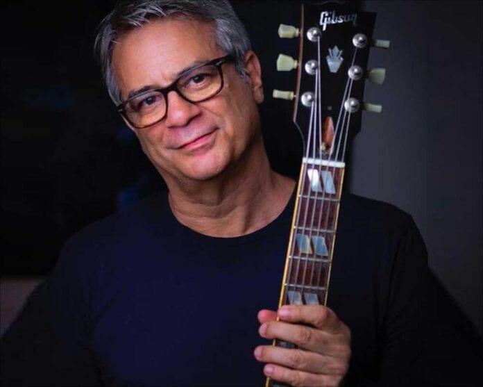 Brazilian guitarist Ricardo Silveira with Connect Brazil