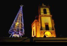 Christmas tree next to Brazilian church in Rio de Janeiro