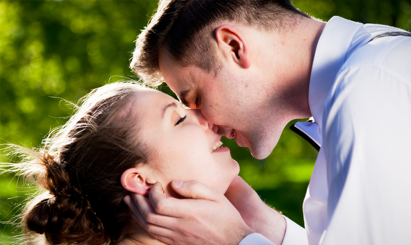 Kissing with Invisalign Braces