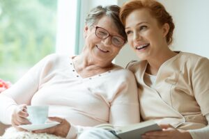 Elderly women with non-medical caregiver