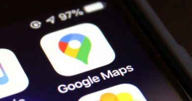 Google Maps takes on Facebook with launch of its own news feed – TechCrunch